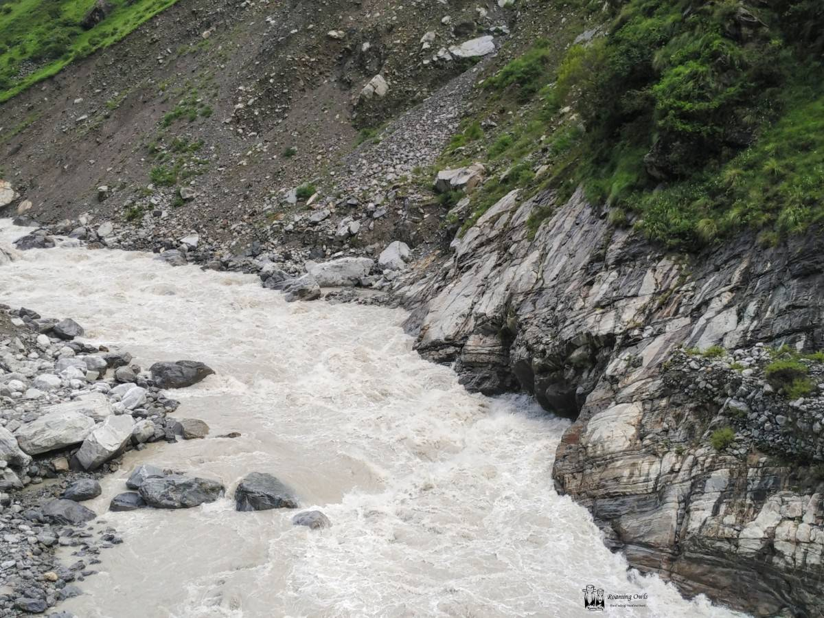 Himalayan mountains , Alakananda river