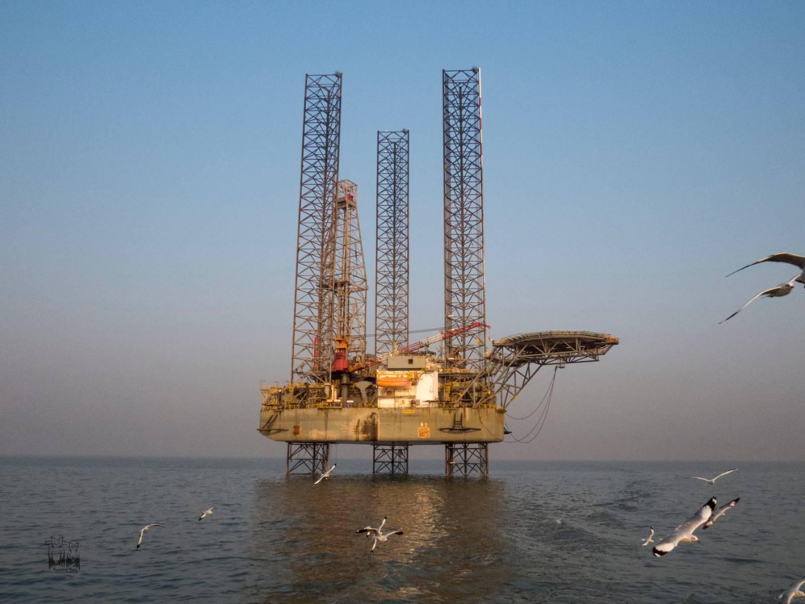ONGC offshore oil rig,mumbai jetty,mandwa voyage