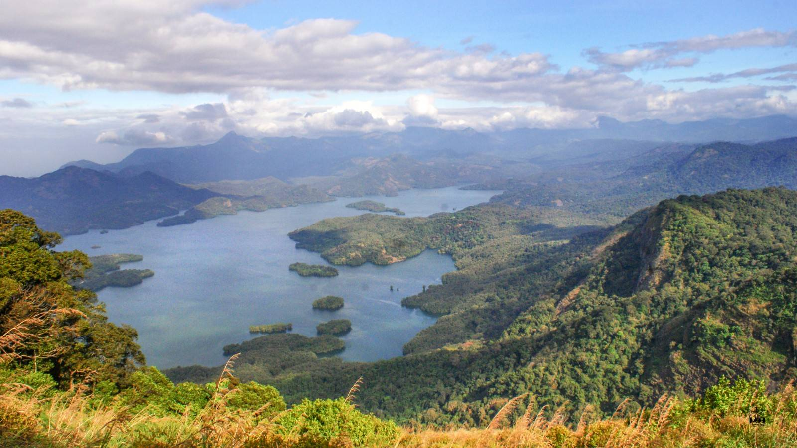 Karimala trek,parambikuam tiger reserve, dam water,reservoir,parambikulam reservoir,parambikulam dam